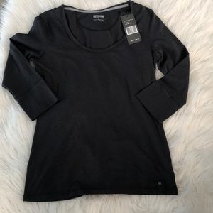 Kenneth Cole Reaction Tops - Kenneth cole reaction tshirt